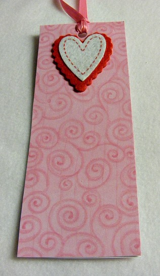heart bookmark finished